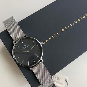 NEW Daniel Wellington Silver Watch DW00100162